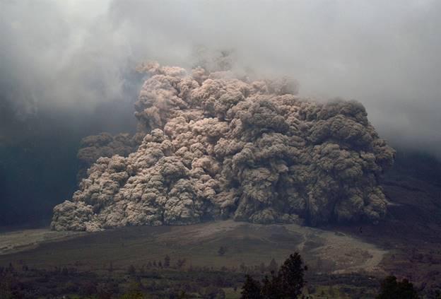 http://media2.s-nbcnews.com/j/MSNBC/Components/Photo/_new/pb-140107-volcano-da-02.photoblog900.jpg
