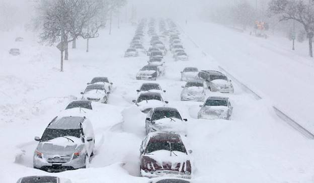chicago snowfall ICE AGE NOW: Freak Snow In Chicago   Cold Temperatures Set Record Low; Third Earliest Snow Sighting Since Records Began!